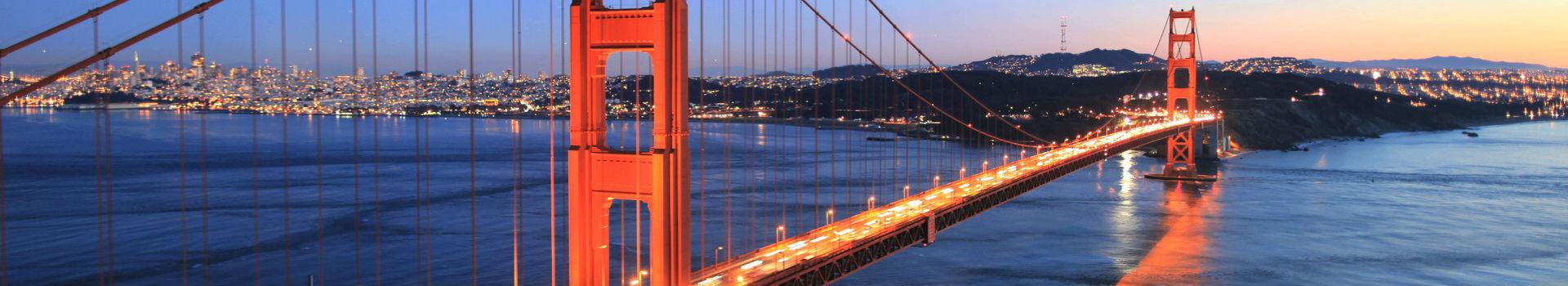 golden_gate_bridge_sunset_lights_350